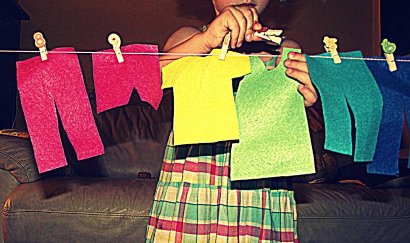 Jugamos a tender la ropa minibu - Juegos de recoger casas ...